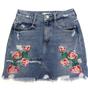 Zara Floral Embroidered Denim Skirt